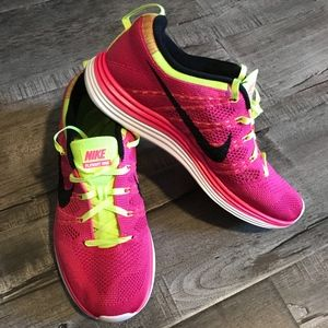 Nike Shoes - Nike Fly Knit One
